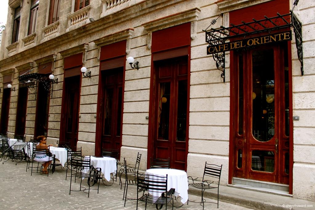 Cafe Del Oriente Old Havana