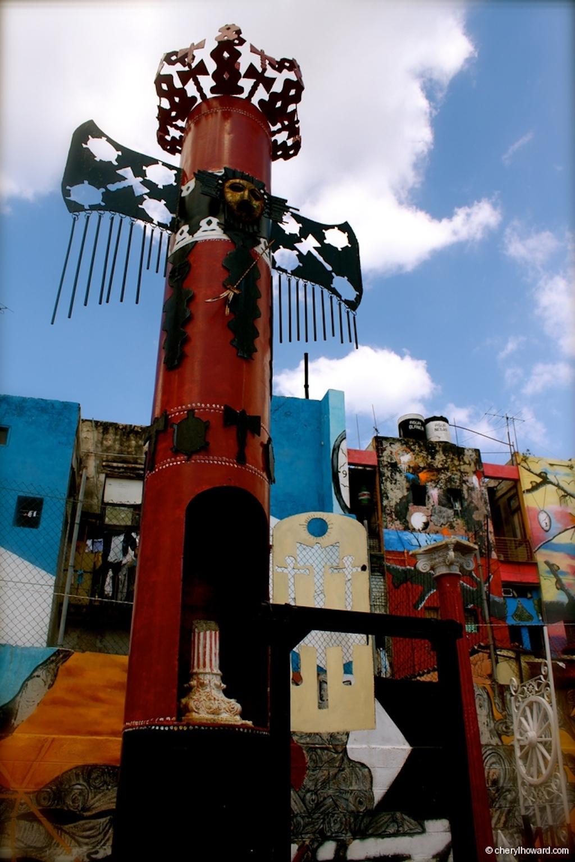 Callejón De Hamel - Totem Pole