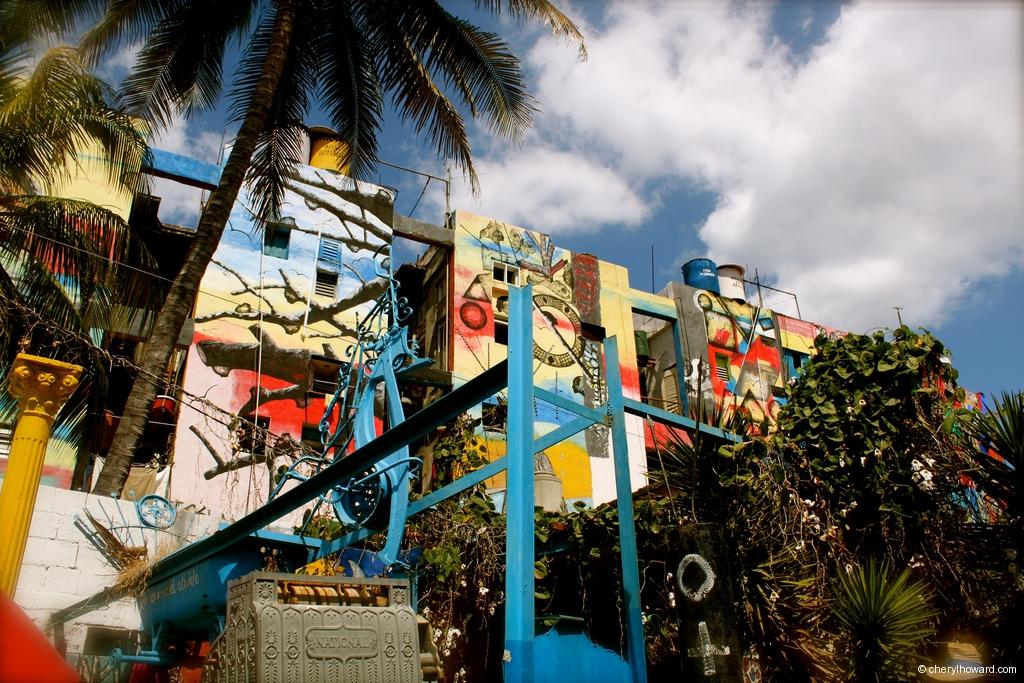 Callejón de Hamel Cuba - Murals