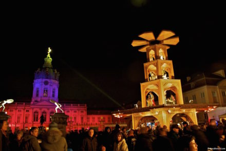 Weihnachtsmarkt Schloss Charlottenburg Lit Up
