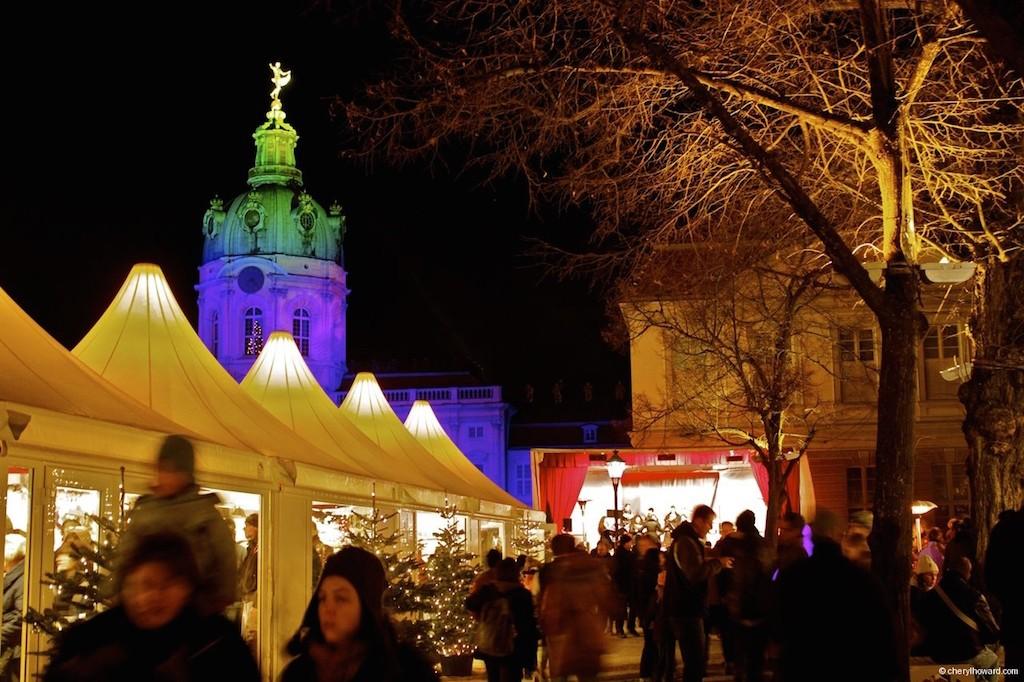 Weihnachtsmarkt Schloss Charlottenburg Shopping
