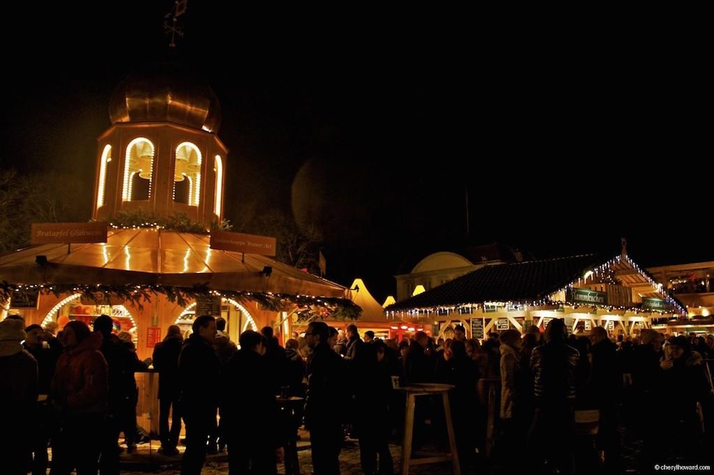 Weihnachtsmarkt Schloss Charlottenburg by Night