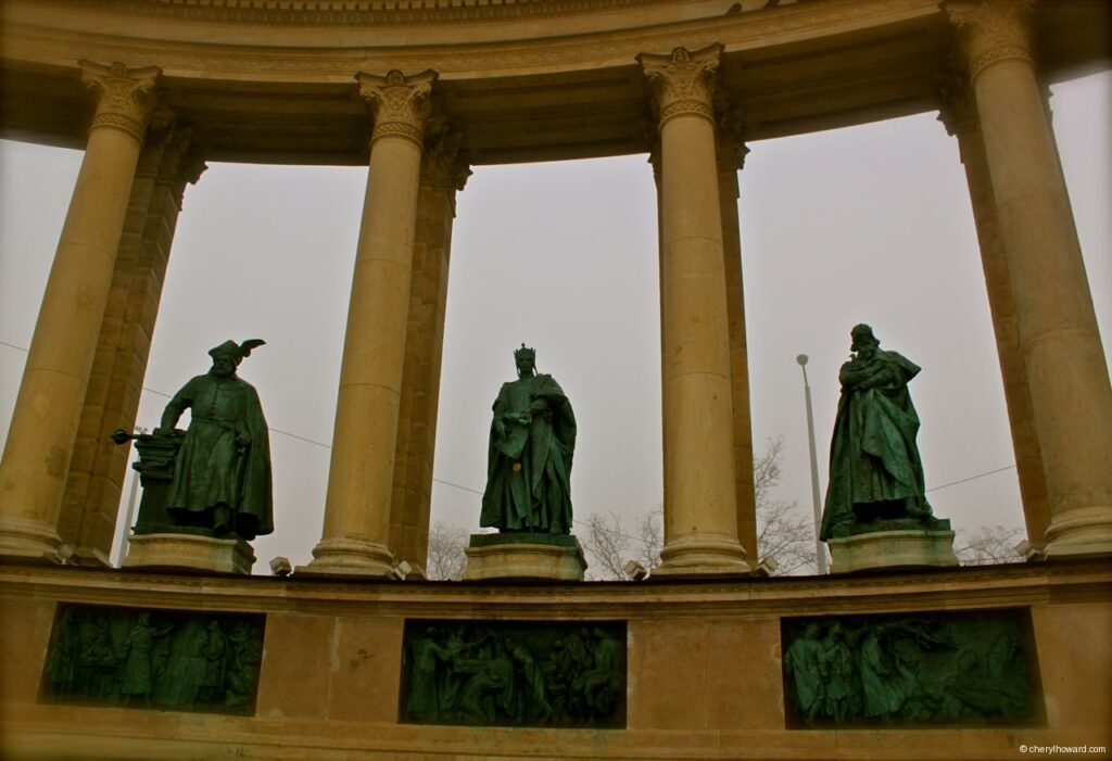 Heroes Square Monument Statues Fog