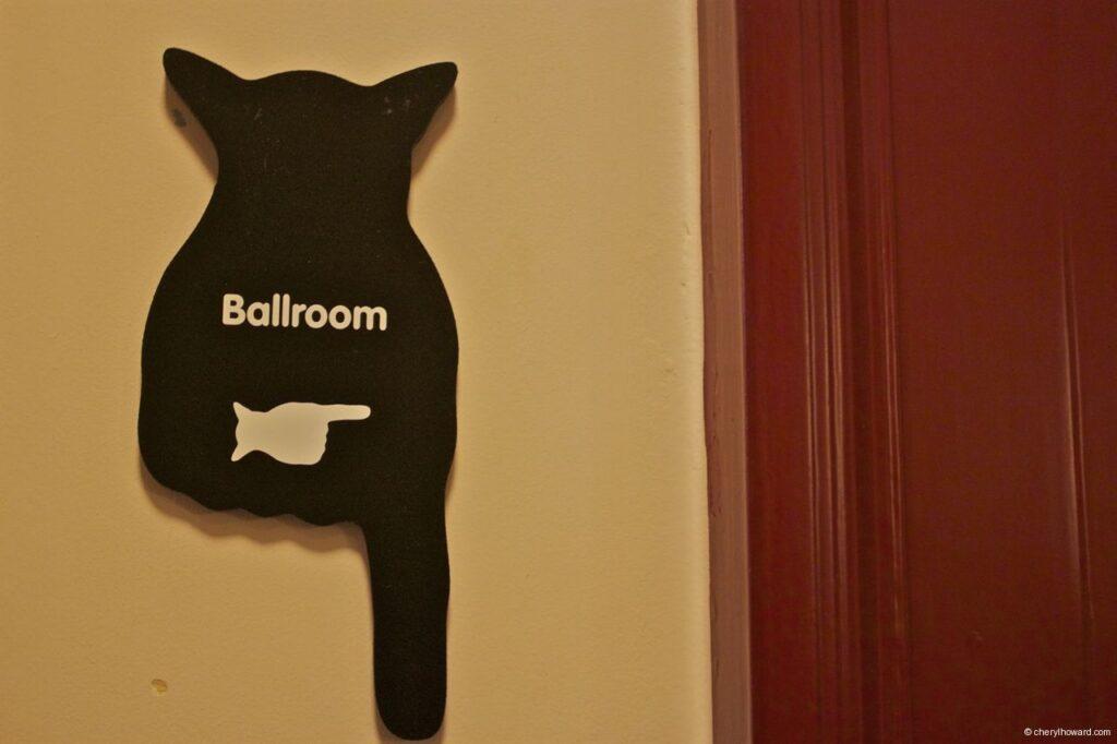 Katten Kabinet Art Museum Ballroom Sign