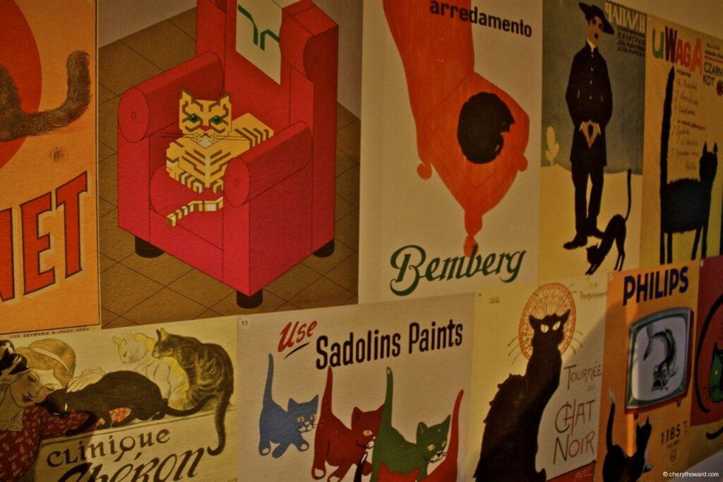 Katten Kabinet Art Museum Guest Book - Prints For Purchase