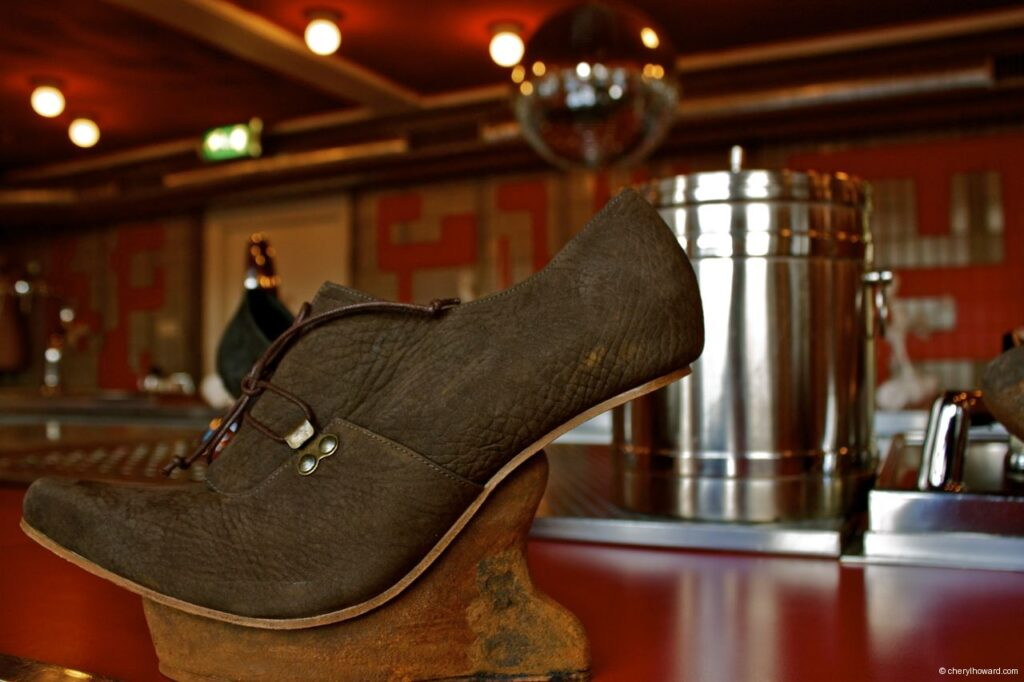Kei Kegami Retrospective Black Shoes Lloyd Hotel