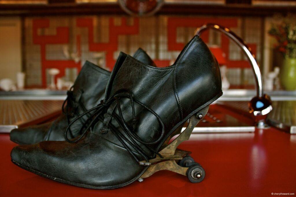 Kei Kegami Retrospective Shoes Black