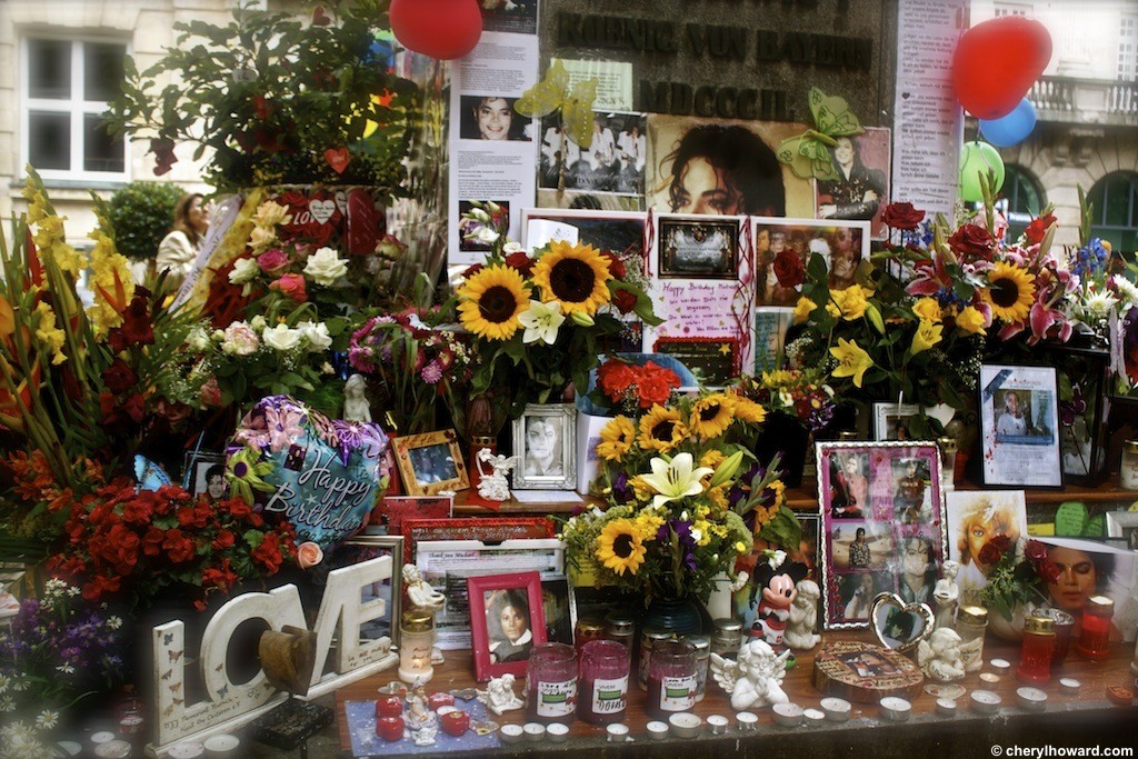 The Michael Jackson Memorial Munich - Love