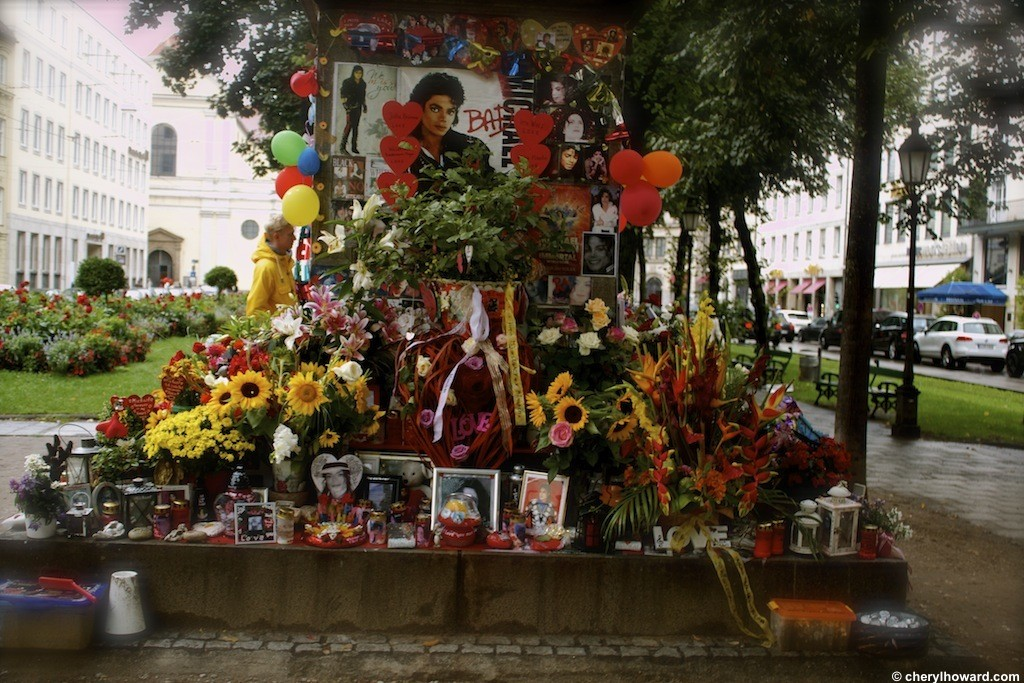 The Michael Jackson Memorial Munich - Flowers and Photos