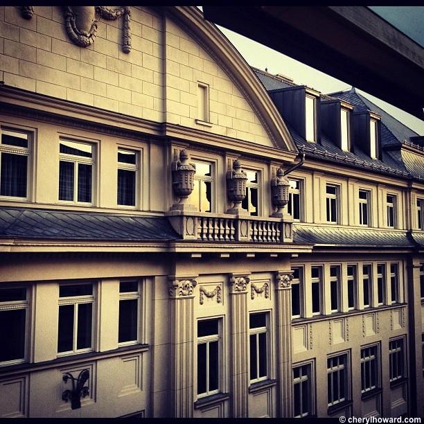 Prima Fashion Hotel.