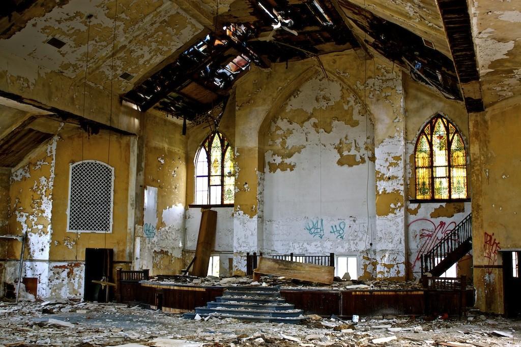 Calvary Presbyterian Abundant Life Christian Church Altar