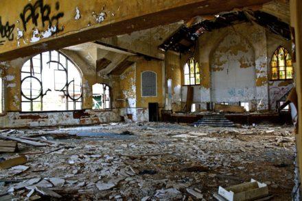Calvary PresbyterianAbundant Life Christian Church 9 440x294 - Abandoned Detroit - Abundant Life Christian Church.