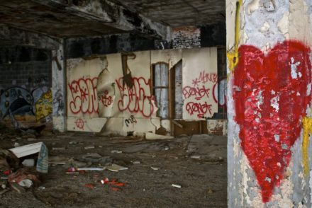 Packard Plant 15 440x294 - Abandoned Detroit: Exploring the Largest Abandoned Site in the World.