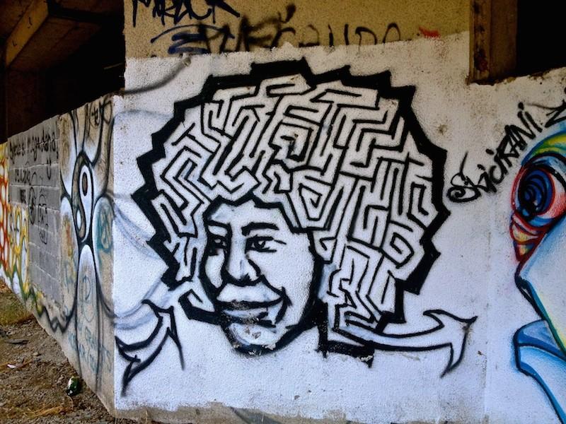 Mostar Street Art - Maze Hair