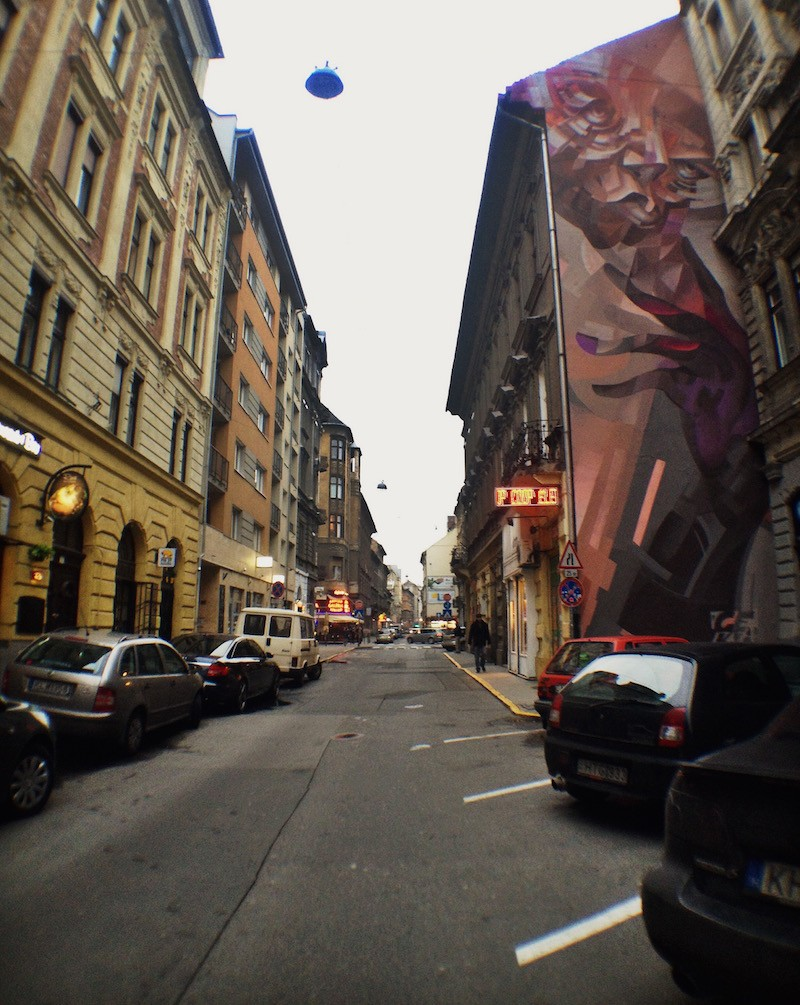 Chill or Rage Mural Street Art Bupdapest