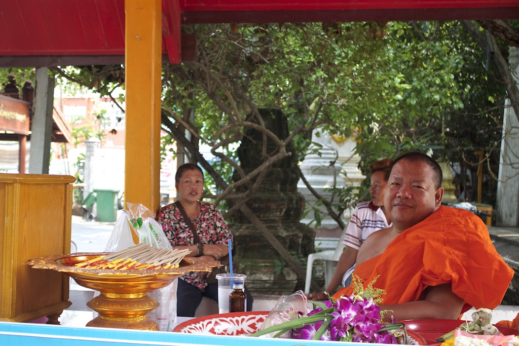 Buddhist Monk at Wat Kampaeng Bangkok