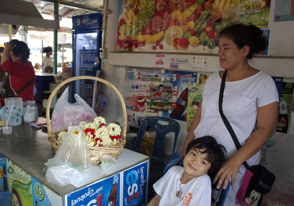 Flower Vendors Klong Bang Luang Artist House Bangkok