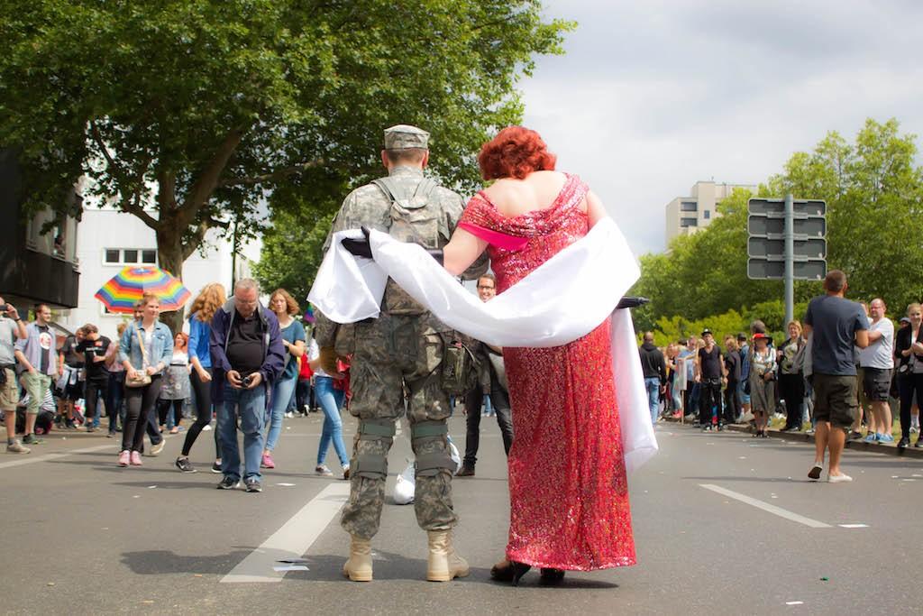Berlin CSD 2015 Photos - Cute Couple