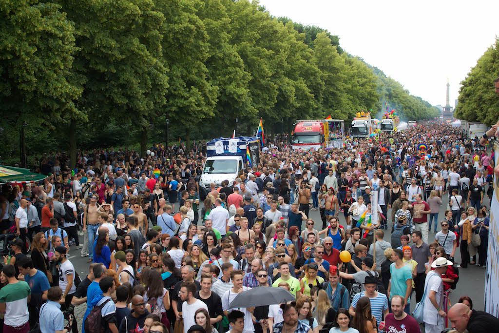Berlin CSD 2015 Photos - Massive Crowds