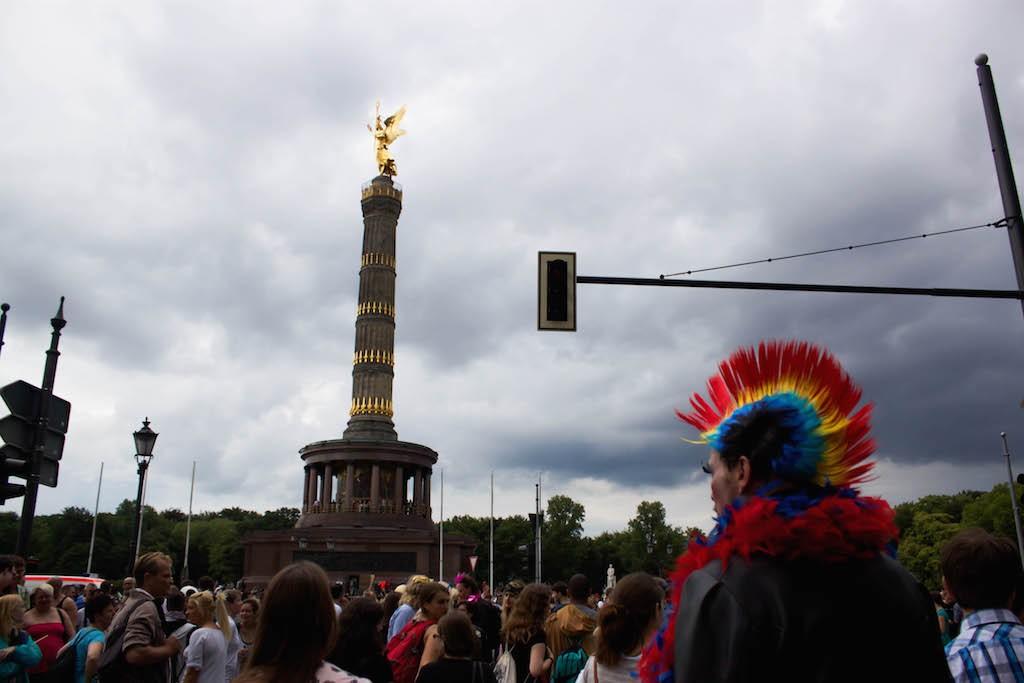 Berlin CSD 2015 Photos - Mohawk Man