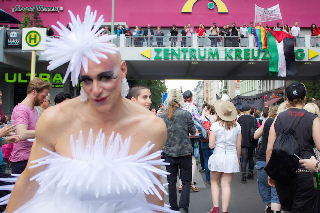 Berlin CSD 2015 Photos - White Bride Kreuzberg
