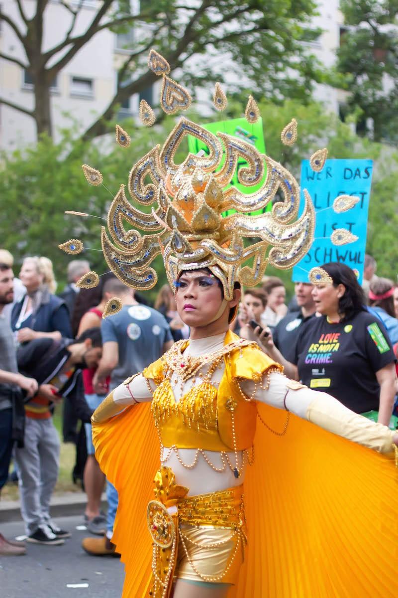 Berlin CSD 2015 Photos - Yellow Queen