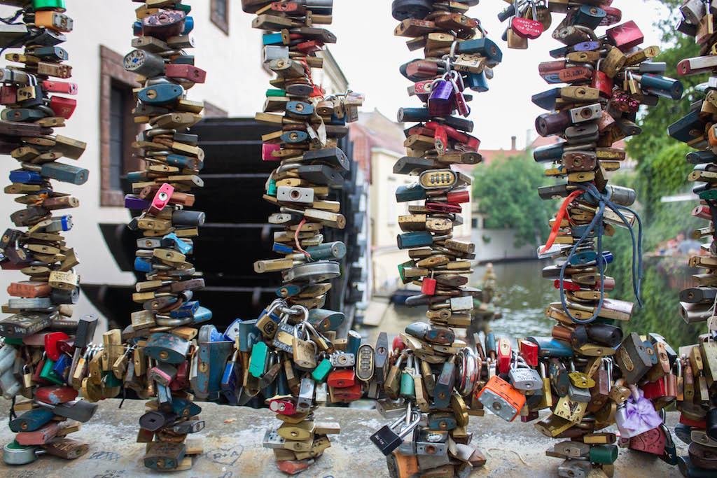 Prague Love Locks Čertovka Bridge - Grill