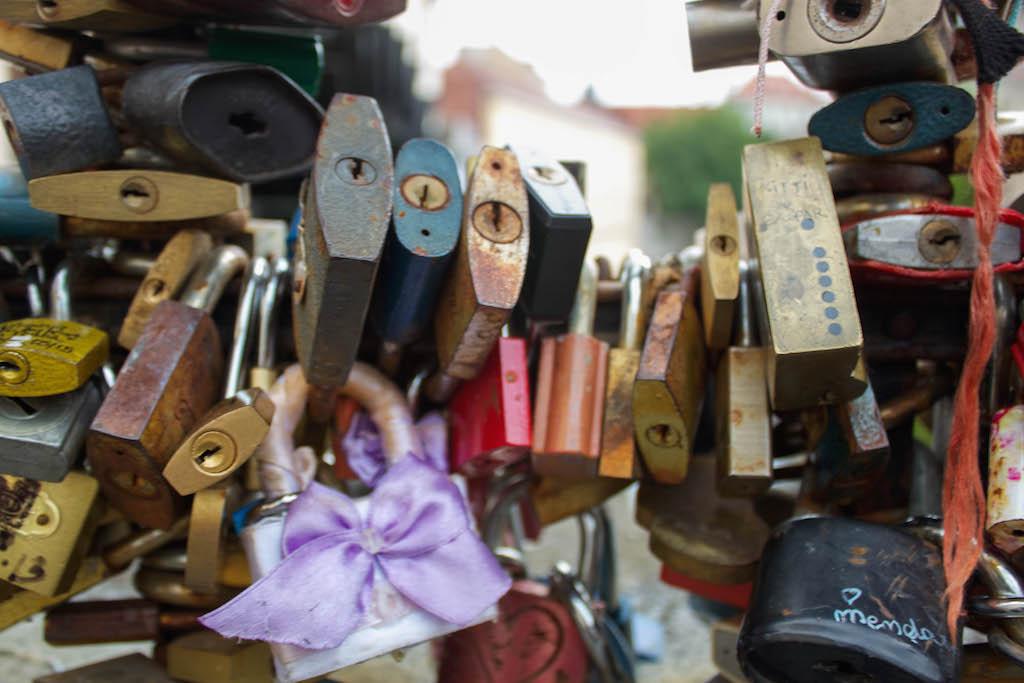 Prague Love Locks Čertovka Bridge - Ribbon