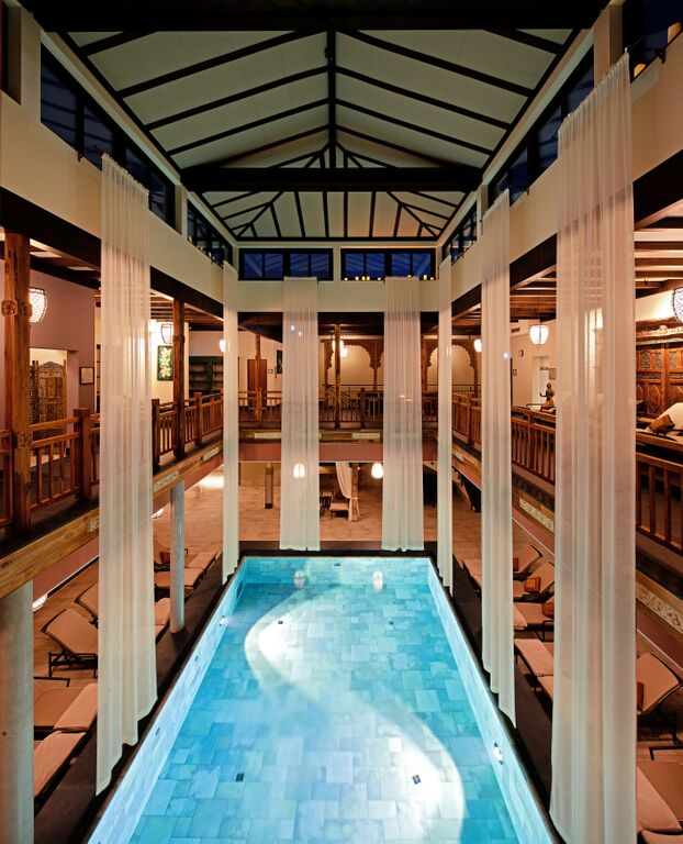 Vabali Spa in Berlin Indoor Pool