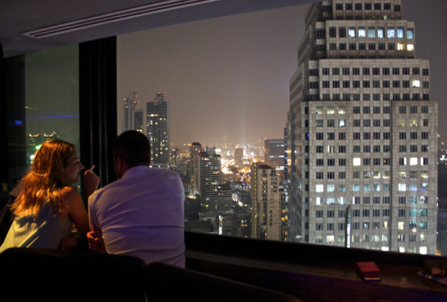 The Continent Hotel in Bangkok - Axis and Spin