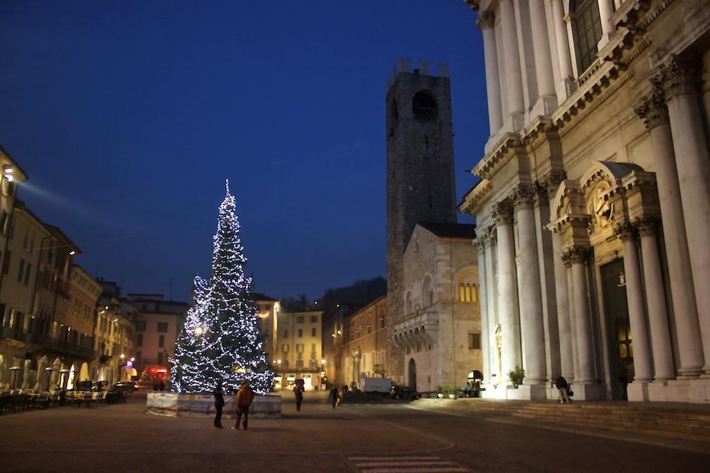Visit Brescia - Chiesa dei Santi Faustino e Giovita Dusk