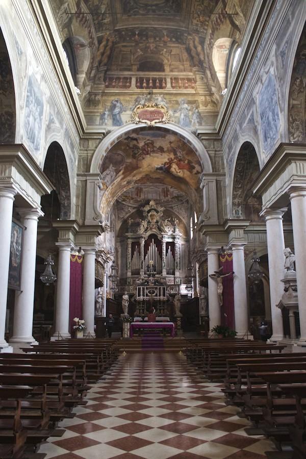 Visit Brescia Chiesa dei Santi Faustino e Giovita Interior