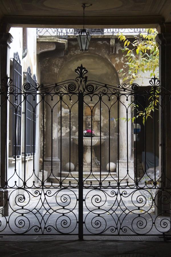 Visit Brescia - Garden Courtyard