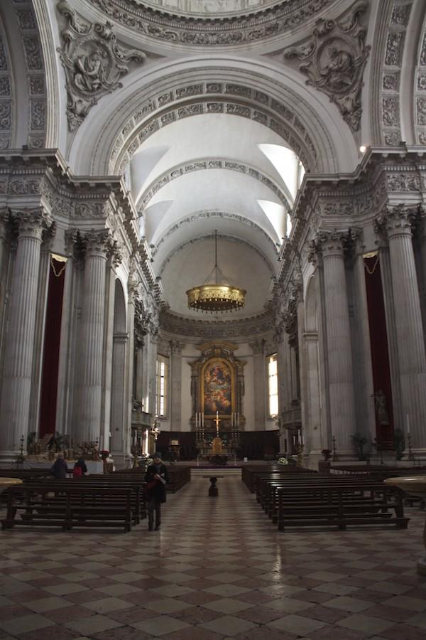 Visit Brescia - New Cathedral Interior