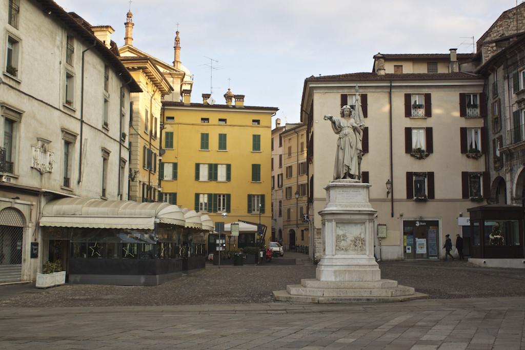 Visit Brescia - Piazza della Loggia