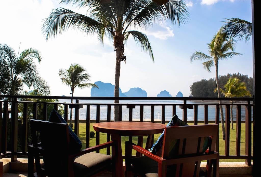 Trang Islands - Anantara Si Kao Resort & Spa Patio