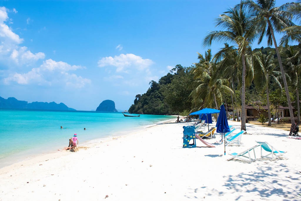 Trang Islands - Koh Hai Fantasy Resort Beach