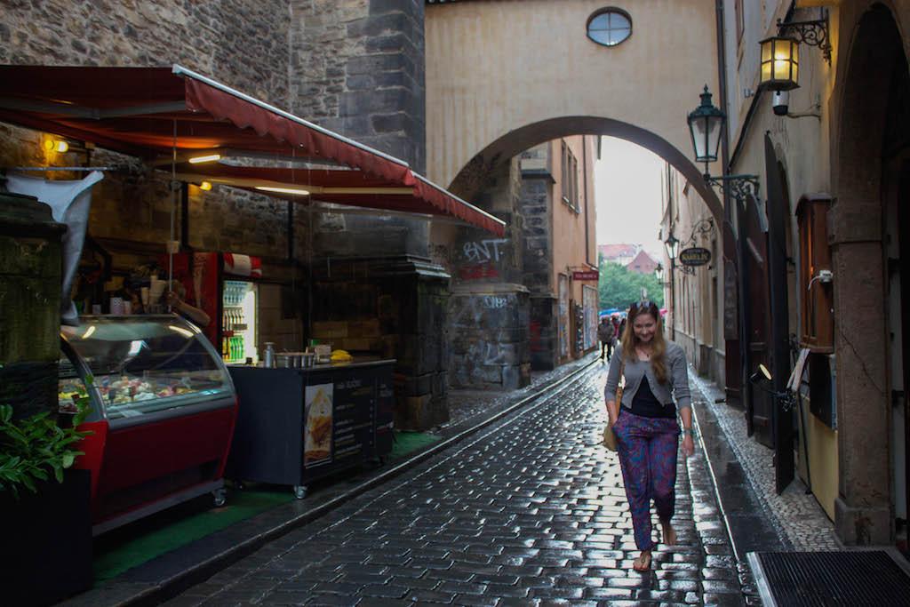 Prague Photos - Tourist n Rain