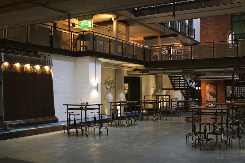 Gastwerk Hotel Hamburg - Denk Mal Hall Views