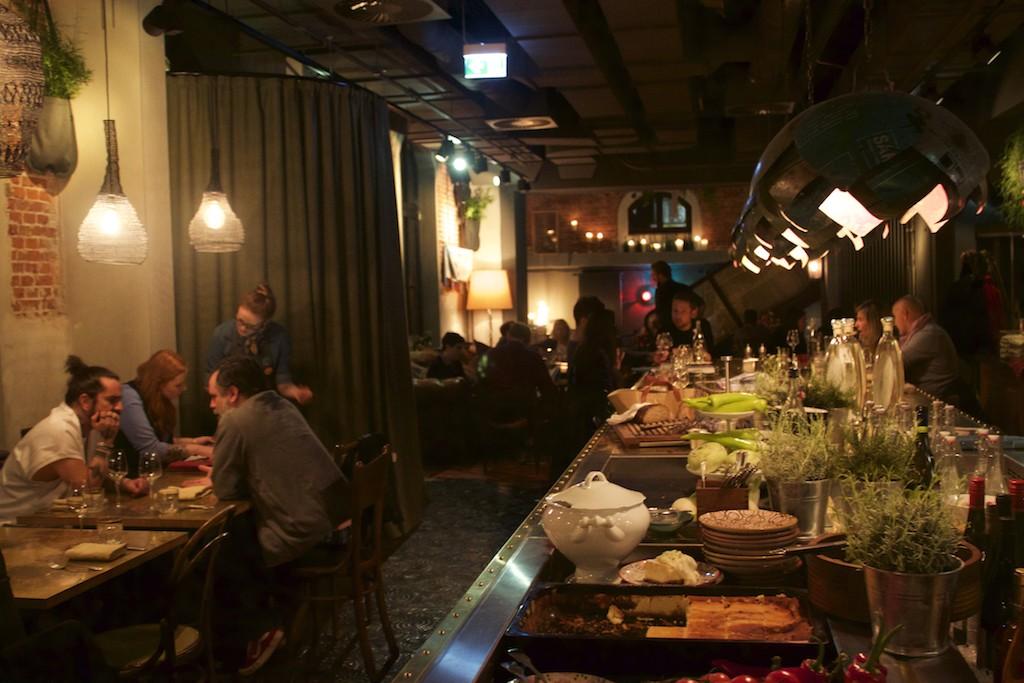 25 Hours Hotel Altes Hafenamt Hamburg Neni Restaurant