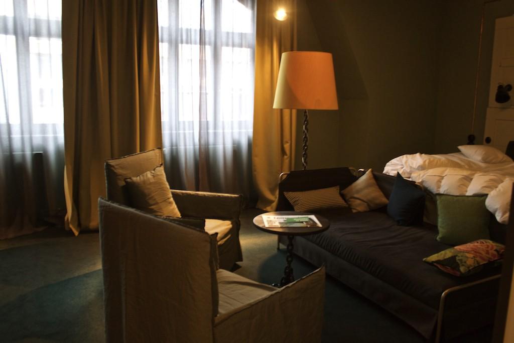25 Hours Hotel Altes Hafenamt Hamburg Seating Area M Room