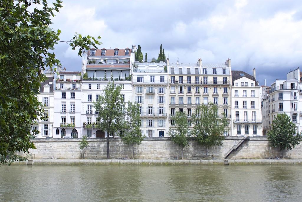 Paris Photos Homes Along Seine