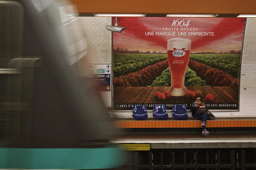 Paris Photos Metro Scene