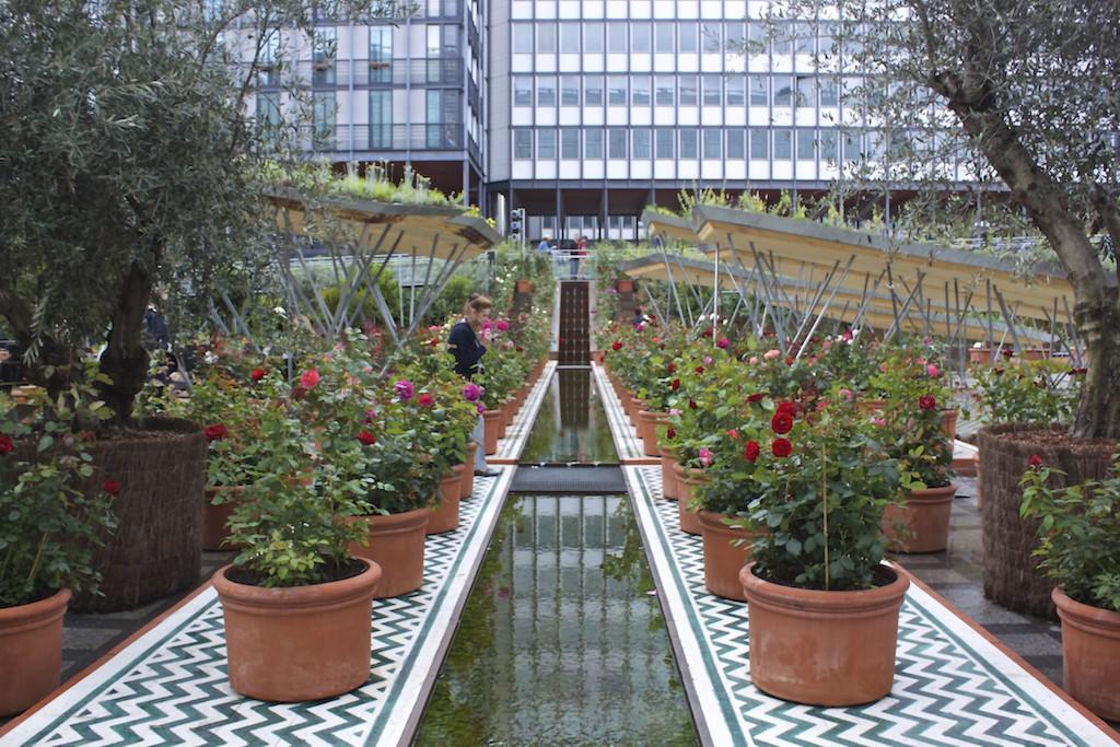 Paris Photos The Arab World Institute Garden