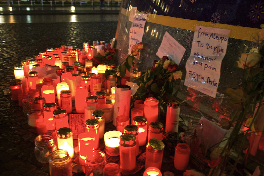 Brandenburger Tor at Christmas - Tribute to Christmas Market Victims