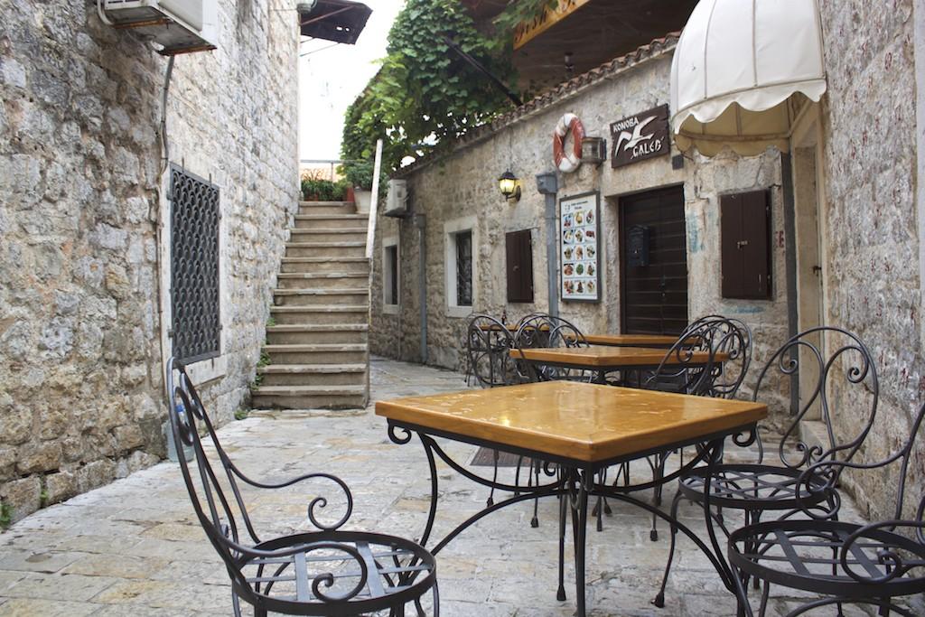 Budva Old Town - Restaurant Terrace