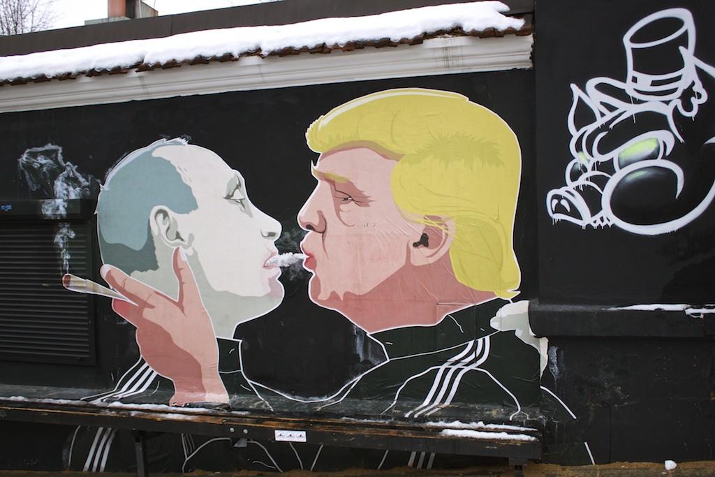 Putin and Trump Shotgun Street Art in Vilnius by Mindaugas Bonanu