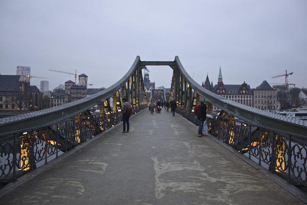 Frankfurt Photos - Eiserner Steg Dusk