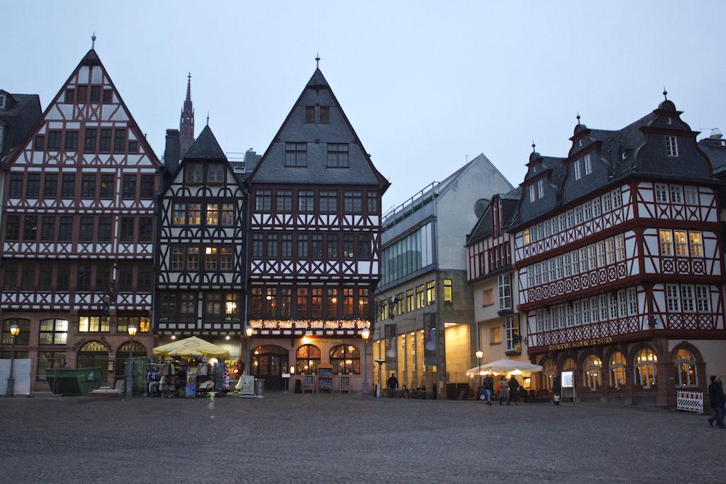 Frankfurt Photos - Old Town Römerberg Square