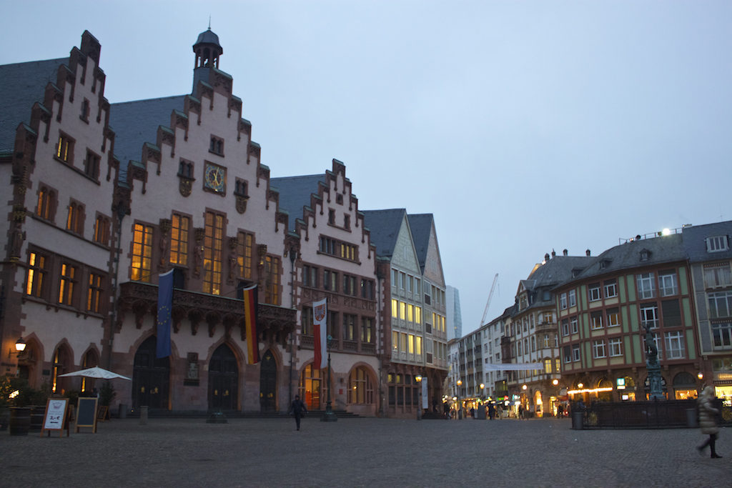 Frankfurt Photos - Römerberg Square